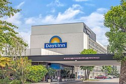 Days Inn by Wyndham Glendale Los Angeles