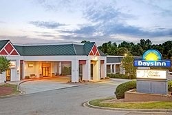 Days Inn by Wyndham Cornelius Lake Norman