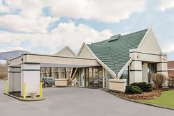 Days Inn by Wyndham Rutland/Killington Area