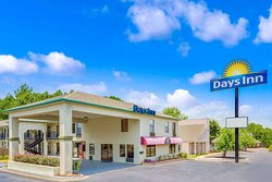 Days Inn by Wyndham Griffin