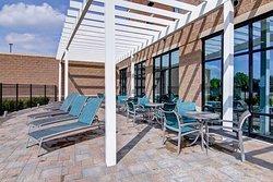 Hampton Inn & Suites Detroit / Troy