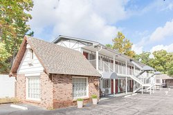 Days Inn by Wyndham Eureka Springs