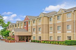 Microtel Inn & Suites by Wyndham Cornelius/Lake Norman