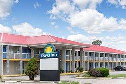 Days Inn by Wyndham Richmond