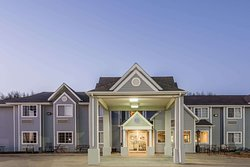 Microtel Inn & Suites by Wyndham Brush