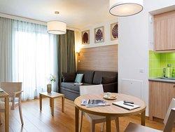 阿達吉奧巴黎維森納城市公寓