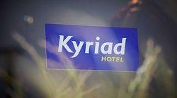 基里雅德巴黎北站 - 戈內斯 - 巴科德斯艾科斯坡士酒店