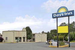 Days Inn by Wyndham Concord