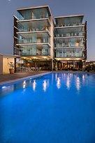 Kyriad Prestige Toulon - L S S M - Centre Port