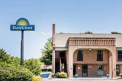 Days Inn by Wyndham Tappahannock