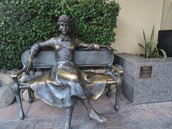 Statue of Lucille Ball