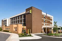 Home2 Suites by Hilton Menomonee Falls Milwaukee