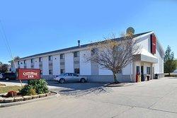 Country Hearth Inn- Maryville