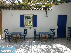 Alexandros Greek Taverna on the beach