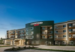 Courtyard Omaha Bellevue at Beardmore Event Center