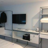 A de Lolo - Four Rooms