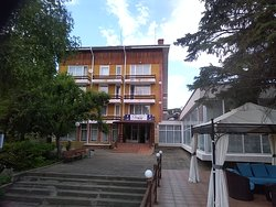 Hotel Tiron