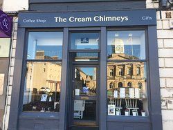 ‪The Cream Chimneys‬