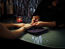 Spoil Hands Manicure