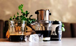 Ca phe: the traditional Vietnamese coffee drink made from both Arabica and Robusta coffeebeans.