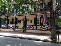The Tavern in Old Salem