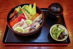 Chirashi Sushi (Lunch)