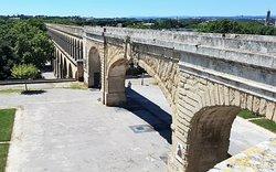 Aqueduc Saint Clément