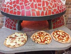 La Locanda degli Amici Pizzeria Forno a Legna e Braceria