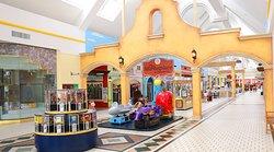Plaza del Sol Mall