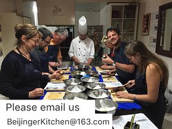 ‪Beijinger Kitchen Cooking Class‬
