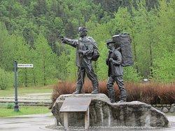 Skagway Centenial Statue