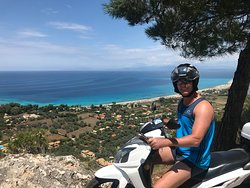 Lefkas On Wheels - Moto Rentals