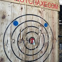 Top Notch Axe Throwing St. Louis