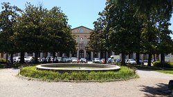 Stazione de Lucca