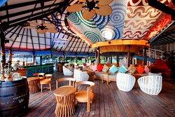 Coral Bar & Lounge