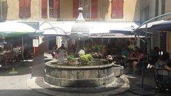 Côté fontaine