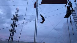 Miami Flying Trapeze - Planche