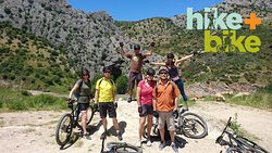 Riding to the Cueva del Gato