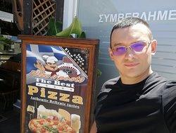 Лучшая пицца на Родосе