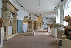Rhineland Museum (Rheinisches Landesmuseum)