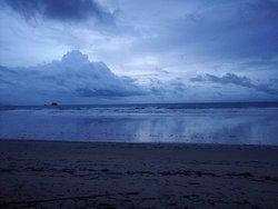 Cool white sand beach in Koh Phayam