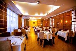 Alexandrovsky Garden Restaurant