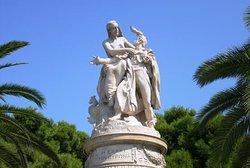 Tο Αγάλμα Του Λόρδου Βύρωνα