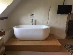 Die sehr einladende Badewanne