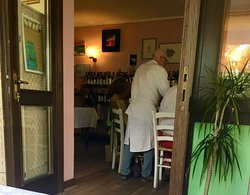 Table-side service by Cesare