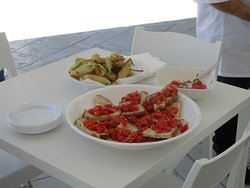 Fried zucchini flowers and bruschetta made fresh during one of the many cooking classes.