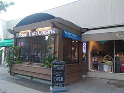 The outside of this quaint & outstanding Thai Restaurant