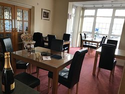 Dining room, Cumberland House Gatwick, Horley, England