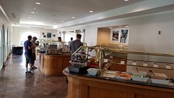 The breakfast buffet also showing the omelette station