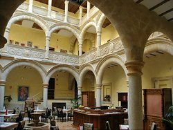 Palacio de los Salcedo
